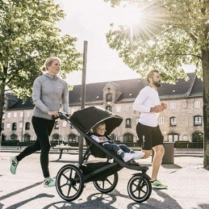 thule-urban-glide-2-jogging-stroller-morning-run