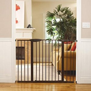 Munchkin-easy-close-xl-baby-gate-for-doorway