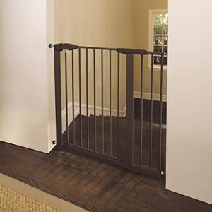 munchkin-easy-close-xl-baby-gate-for-top-of-stairs