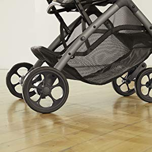 born-free-compact-stroller-smooth-glide-brake-friendly